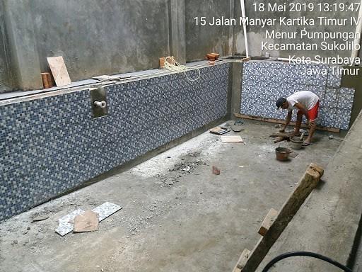 Pemasangan Keramik Kolam Renang